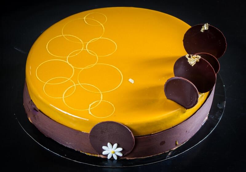 עוגת מוס שוקולד וקרמל