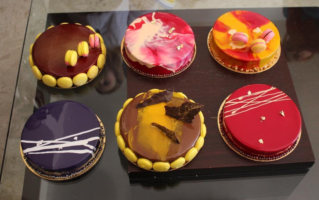 סדנת עוגות ראווה ומקרונים