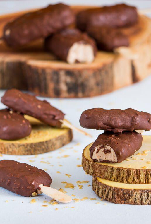 מגנום/מיני מגנום עם שוקולד וממרח וופר