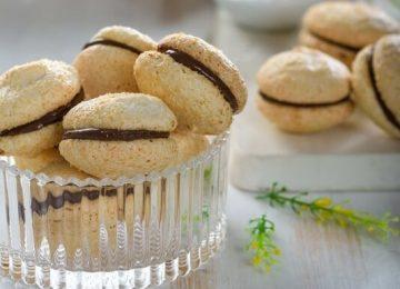 עוגיות מרנג שקדים וקוקוס