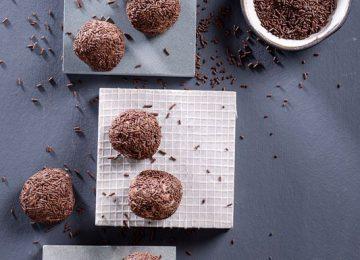כדורי שוקולד וחלב מרוכז