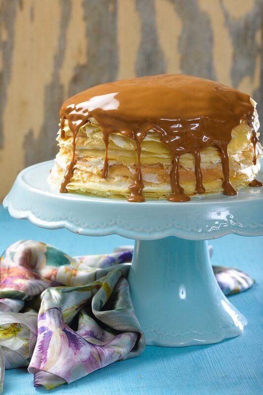 עוגת בלינצסים במלוי גבינה ולוטוס